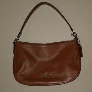Coach Chelsea Xbody Leather Tan